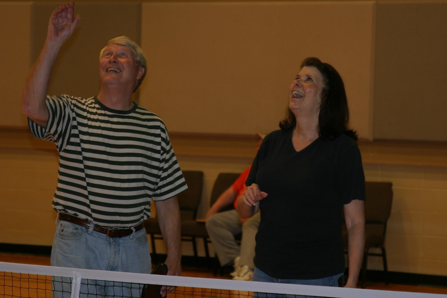 husband and wife playing pickleball in trussville alabama, alabama pickleball, trussville pickleball, birmingham pickleball